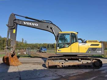 Vikšrinis ekskavatorius Volvo EC220DL CE / top condition